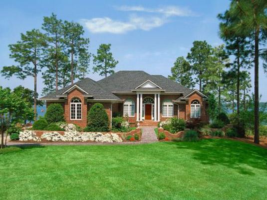Как выбрать загородный дом своей мечты?