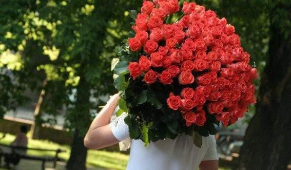 цветы-девушке